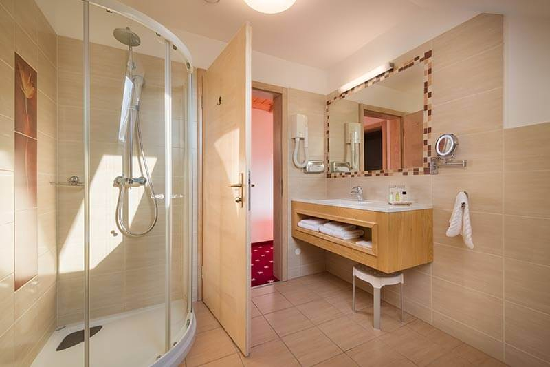 Doulbe room bathroom
